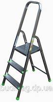 Фото товару Драбина розкладна алюмінієва ITOSS 913 3 сходинки, робоча висота 2,7м, довжина 1,3м, висота площадки 0,6м, вага 3,2кг