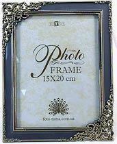 Фото товара Рамка для фото 15*20 см, пластмассовая с золотистым узором