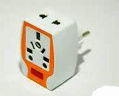 Фото товара Переходник- тройник из разных видов вилок на электровилки